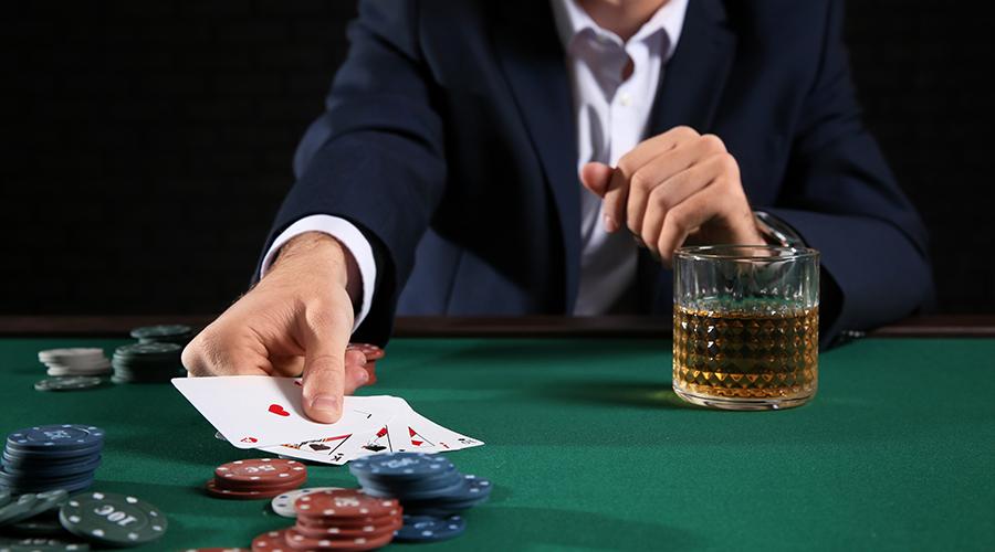 Покер на гроші Україна